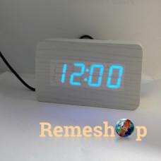 Електронний будильник від мережі і батарейок VST-863